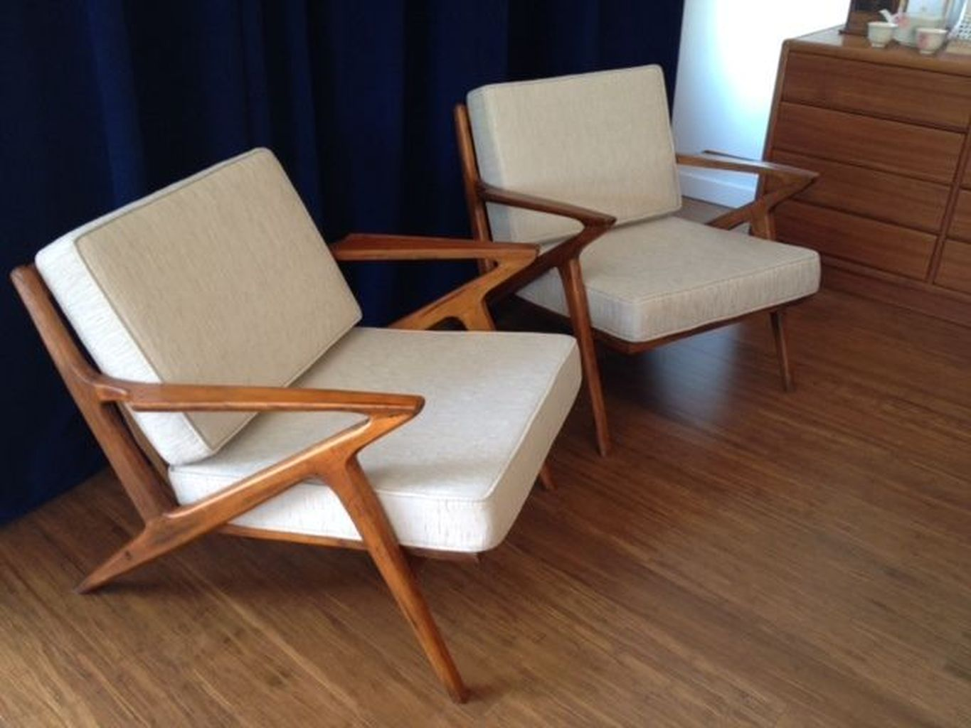 Modern Mid Century Lounge Chairs Ideas For Your Home 92
