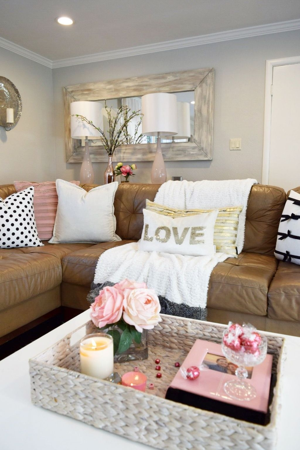 Living Room Decoration Ideas For Valentines Day 04