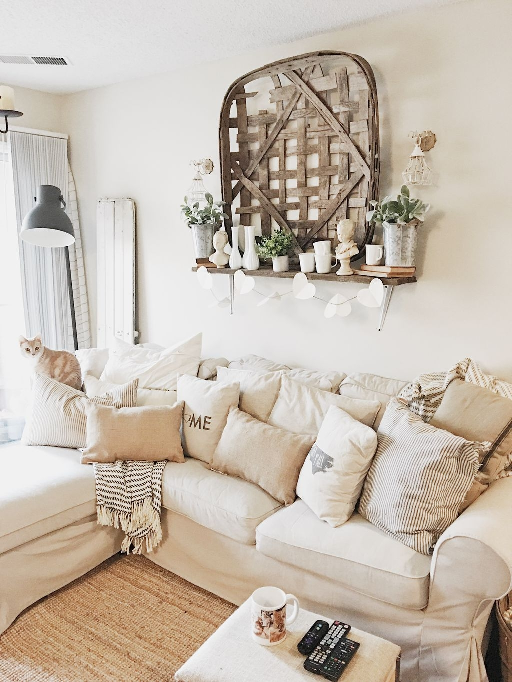 Living Room Decoration Ideas For Valentines Day 47