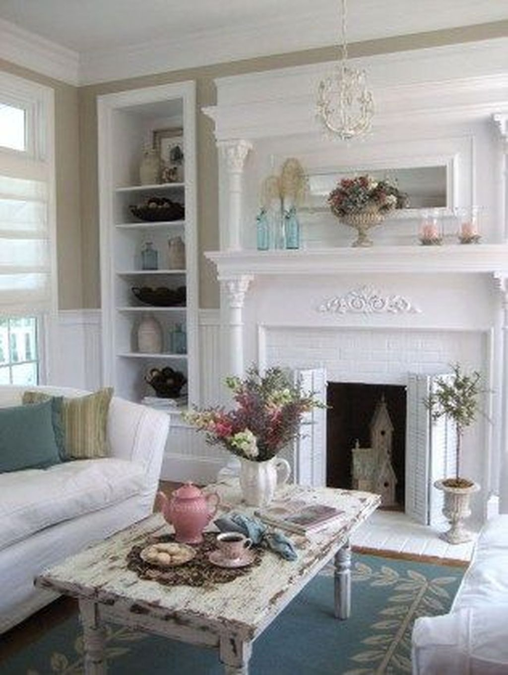 Cute Shabby Chic Farmhouse Living Room Design Ideas 05