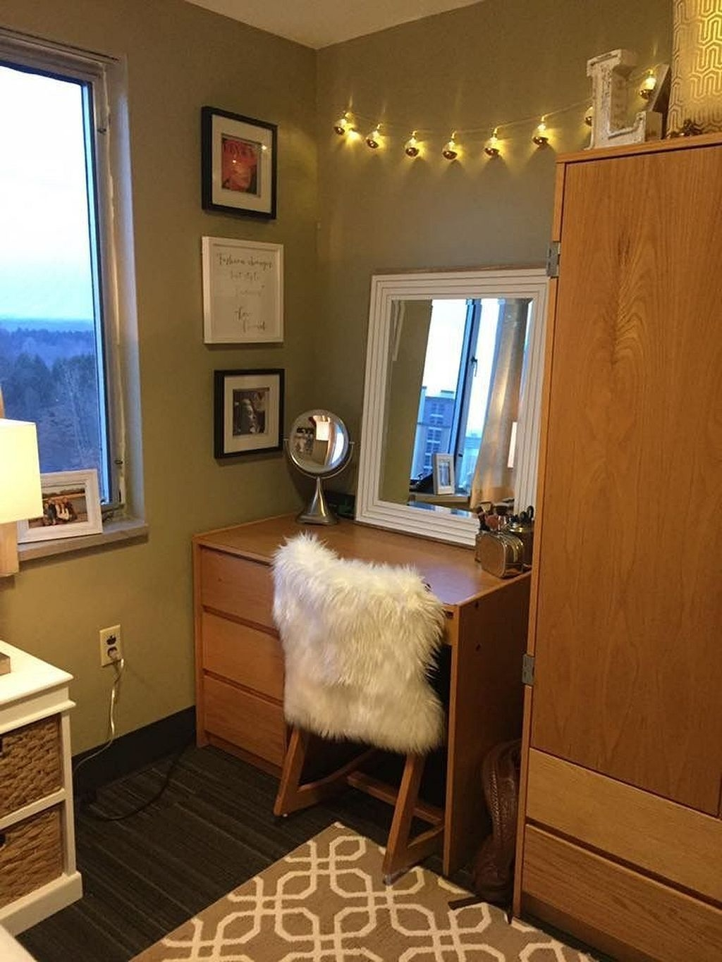 Easy Diy College Apartment Decorating Ideas On A Budget 06