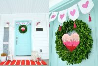 Festive Valentine Porch Decorating Ideas 27