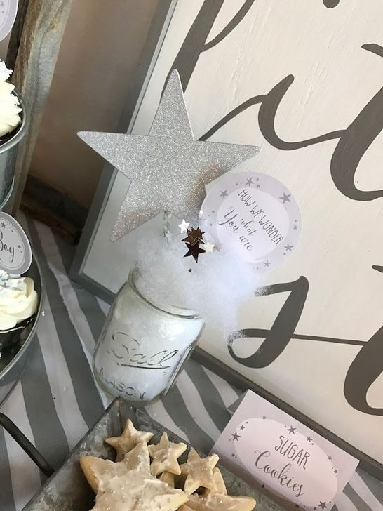 Charming Winter Themed Baby Shower Decoration Ideas42