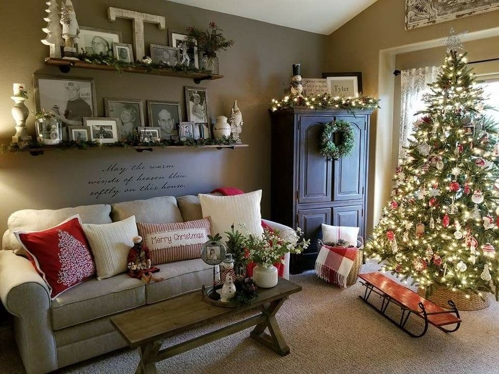 Picture Hanging Designs Ideas Pictures Remodel And Decor: 99 Incredible Farmhouse Christmas Decor And Design Ideas
