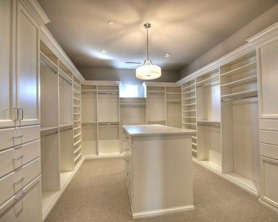 Impressive Walk In Closet Organization Ideas23