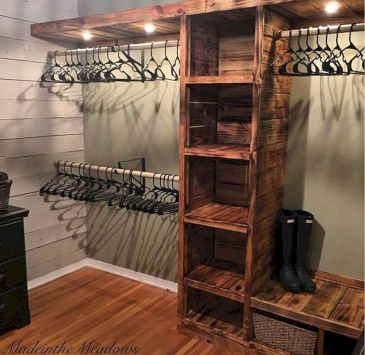 Impressive Walk In Closet Organization Ideas32
