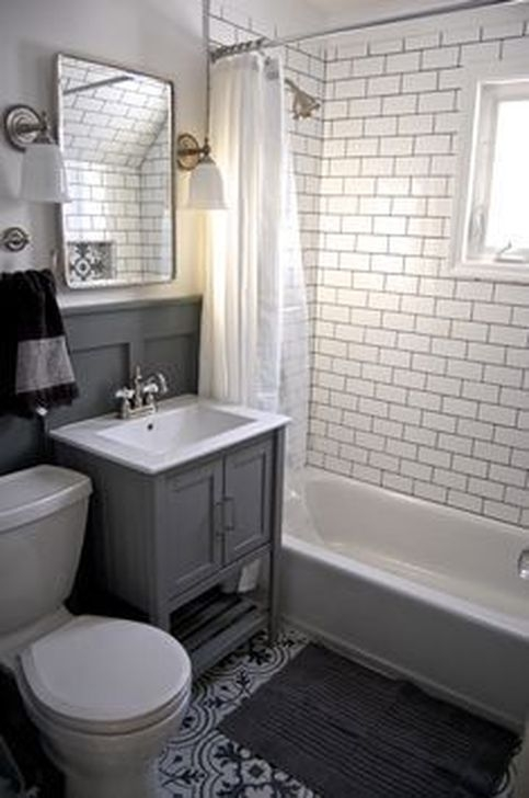 Elegant Small Bathroom Decor Ideas 17