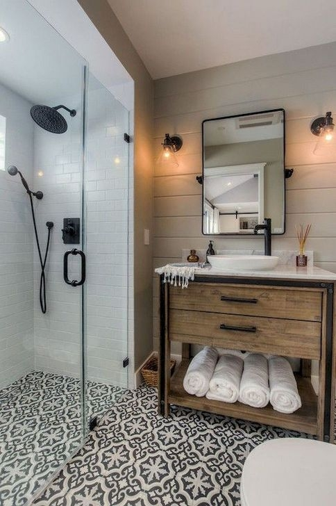 Lovely Farmhouse Bathroom Makeover Ideas To Try Right Now 16
