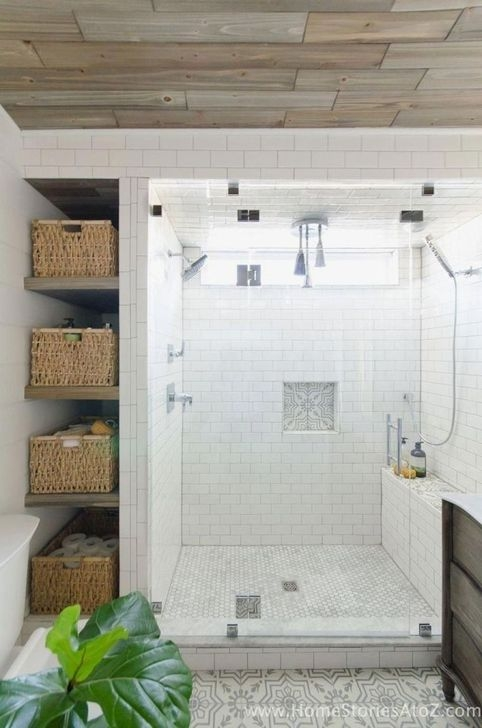 Lovely Farmhouse Bathroom Makeover Ideas To Try Right Now 30