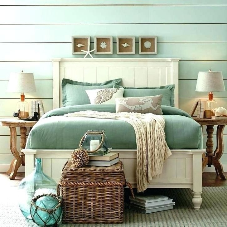 Favored Bedroom Design Ideas With Beach Themes 22