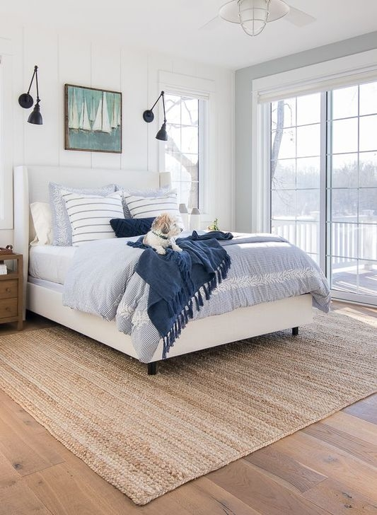 Trendy Farmhouse Master Bedroom Design Ideas 10
